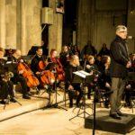 Présentation de l'orchestre d'harmonie par Monsieur le Maire, Jacques COQUELIN, en l'église Saint-Malo
