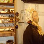 Costume féminin de la fin du XIXe siècle